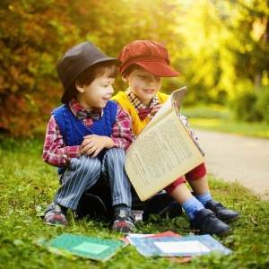 Easy Language Books: 6 Places to Find Your Inner Kid